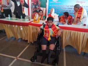 Narayan seva_Disable people 3