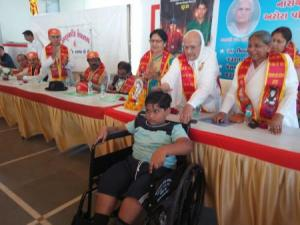 Narayan seva_Disable people 4